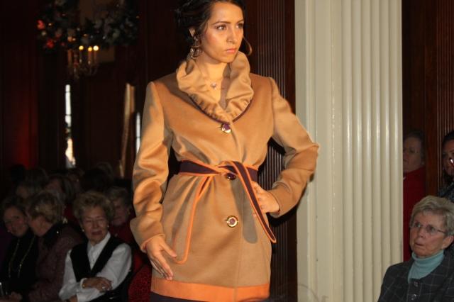 fashion show bcc dec 2012 454 (2)
